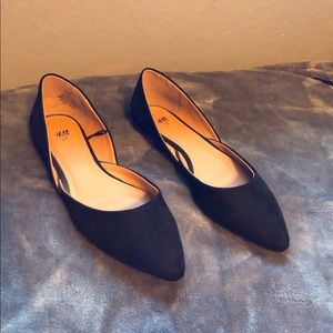 H&M Pointed Black Suede Flats